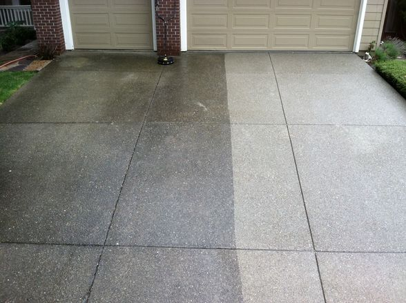 Driveway and concrete power washing service columbus for Pressure wash concrete patio